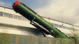 Rosyjska rakieta dalekiego zasiegu na wagonie kolejowym