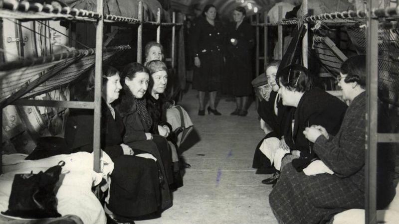 Stacja Bethnal Green jako schron w czasie drugiej wojny