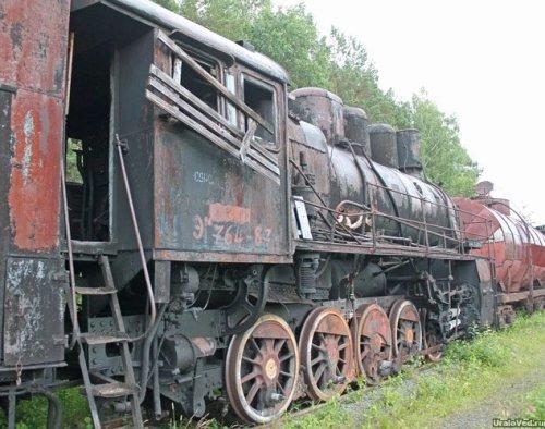 cmentarzysko parowozów Szumkowp