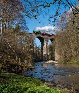 Parowy pociąg kolei Bo'ness & Kinneil Railway