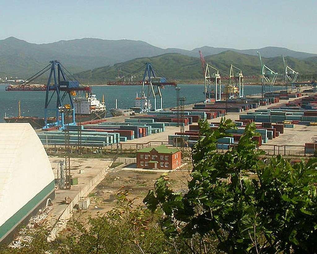Port Wschodni w Nachodce, nad Morzem Japonskim
