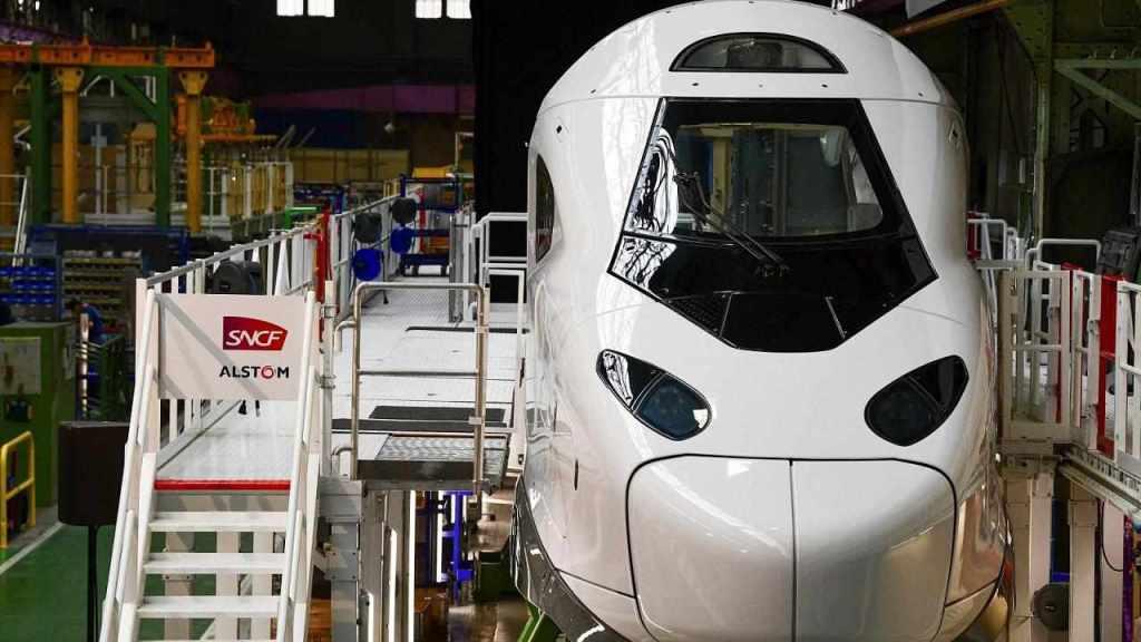 Makieta pociągu TGV M