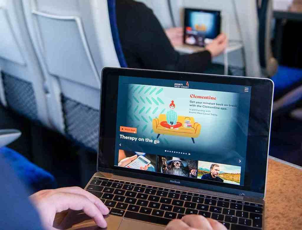 Ekran laptopa pokazujący aplikacje terapeutyczną